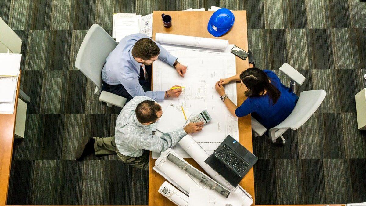 skrivebord medarbejdere